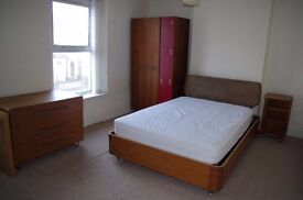 4 Bedroom / 2 Bathroom Student House - Cathays