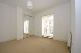 A very well presented one bedroom flat to rent in Kingston. Grove Crescent.