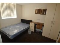 CUUUUUTE SINGLE ROOM // in the heart of Clapham