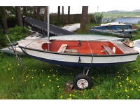 Lightweight rowing boat / sailing dinghy / tender £200 ono