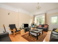 A spacious 4 bed house in the centre of Wimbledon with private garden. Alwyne Road, SW19