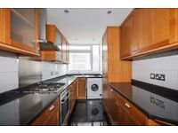 *** A spacious three double bedroom fully refurbished first floor flat to rent, Park Road, N8 ***