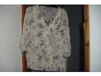 "BRAND NEW ""NEXT"" SIZE 20 CREAM PRINT SHEER MATERIAL TOP"