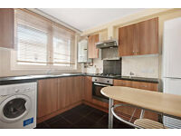 double room and bright flat Available NOW! Royal Oak/Warwick Avenue, zone 2