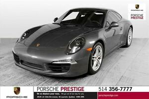 2013 Porsche 911 Carrera 4 Coupe                   Pre-owned v
