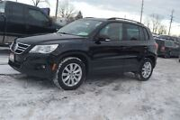 2009 Volkswagen Tiguan 2.0T 4MOTION + PANORAMIC SUNROOF