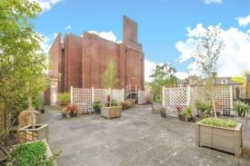 A well proportioned two/three bedroom first floor flat