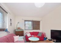 Spacious & Bright 1 bed flat in Queen's Park/Ladbroke Grove **ONLY £275pw** DON'T MISS IT OUT!