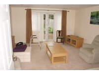 ****HUGE 5 BEDROOM HOUSE!!!! WEST DRAYTON!!!!!! A MUST VIEW!!!!!!!!!*****