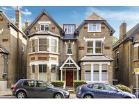 Crystal Palace Park Road SE26 - A fantastic two double first floor period conversion flat to rent