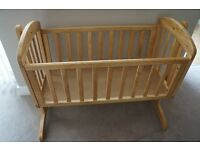Mamas and Papas Breeze Crib in Acorn