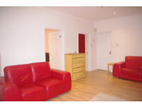 One Bedroom Flat with Patio | To Let | Holland Road | Holland Park | W14