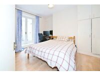Lovely studio with separate bedroom in Fulham
