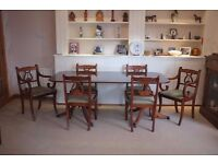 Dining Room Table, 2 Carvers & 4 Chairs in Very Good Condition