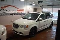 2014 Chrysler Town & Country TOURING-L 2-DVD + TOIT + GPS