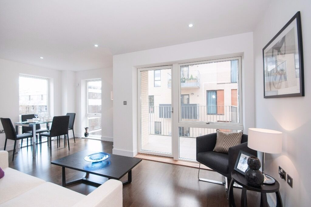 @ BERMONDSEY SPA ONE BEDROOM APARTMENT - DESIGNER FURNISHINGS - SHAD THAMES - LONDON BRIDGE!