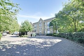 A LOVELY 2 BED FLAT close to amenities