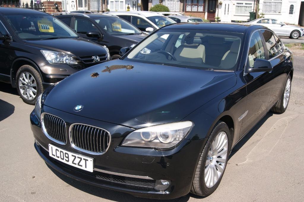 BMW 7 Series 730d SE (black) 2009