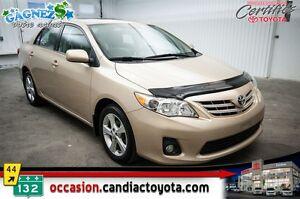 2013 Toyota Corolla LE * AUTO * AC * TOIT * MAGS *