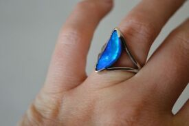 SENSIBLE OFFERS WELCOME - Beautiful unique white gold ring with Australian Queensland boulder opal