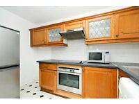 Portland Road, one bed flat, 1st floor apartment close to tube station
