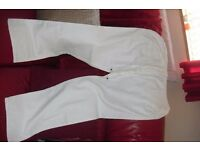 SIZE 16 PAIR WHITE LINEN TROUSERS BOUGHT BUT NEVER WORN
