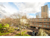 *GREAT PRICE!* SPACIOUS 3 BEROOM FLAT *PERFECT FOR STUDENTS OR YOUNG PROFESSIONALS*