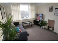 2 bedroom flat for rent in Morden / Wimbledon - 12 mins. from Tube