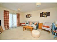 Available immediately! Good 2-Bed ground floor flat with parking (unfurnished)