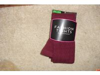 NEW PAIR OF BURGUNDY FASHION TIGHTS SIZE SMALL/MEDIUM 8/12