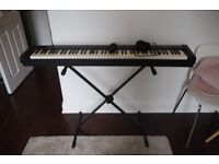KORG SP100 Electroc Piano Keyboard 88 keys + pedal and stand