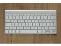Apple Magic Keyboard 1 - UK version - as new condition
