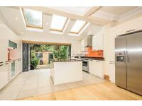 Mount - An absolutely stunning four bedroom house in a popular Wimbledon Park to rent
