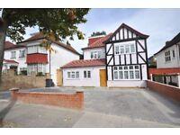 6 bedroom house in Allington Road, Hendon, NW4