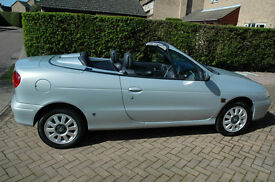 RENAULT MEGANE CONVERTIBLE 1.6 PRIVILEGE PLUS ONLY 42650 MILES FROM NEW