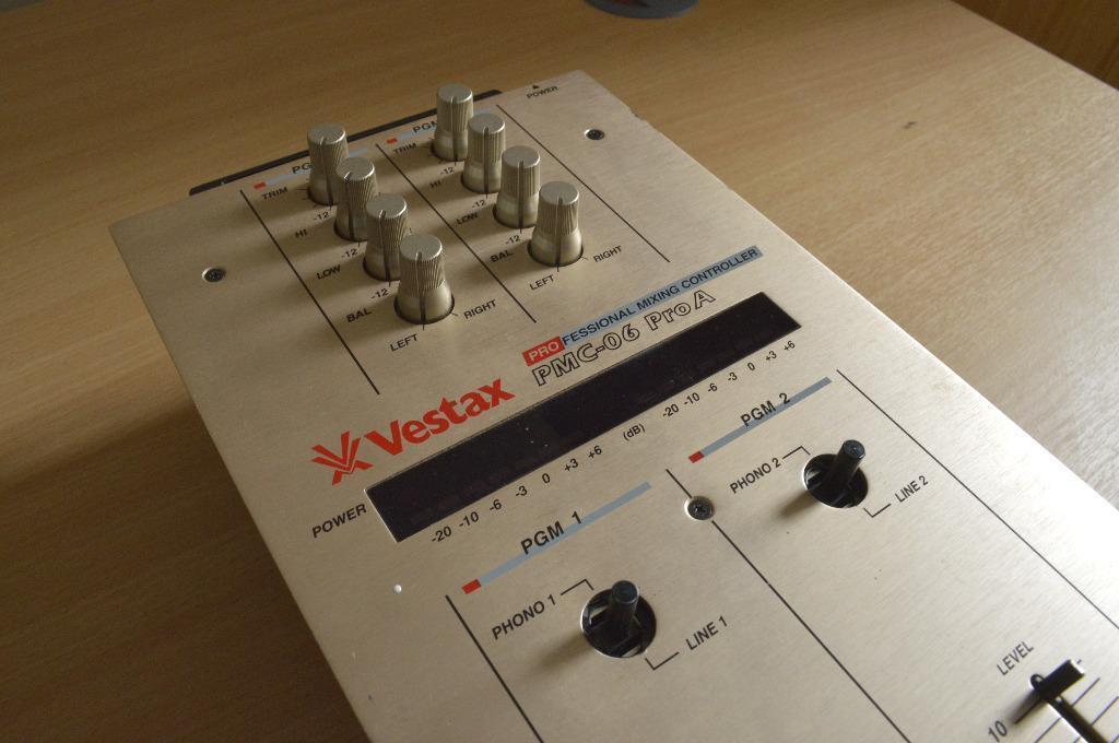 Vestax Pmc 06 Vestax Pmc-06 Pro a Vca Mixer