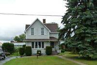 BEAUTY 3 BR, 2 WR, PRIME DOWNTOWN STURGEON FALLS
