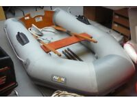 AVON ROVER 2.5M INFLATABLE DINGHY, SOLID FLOOR, ALL ACCESSORIES