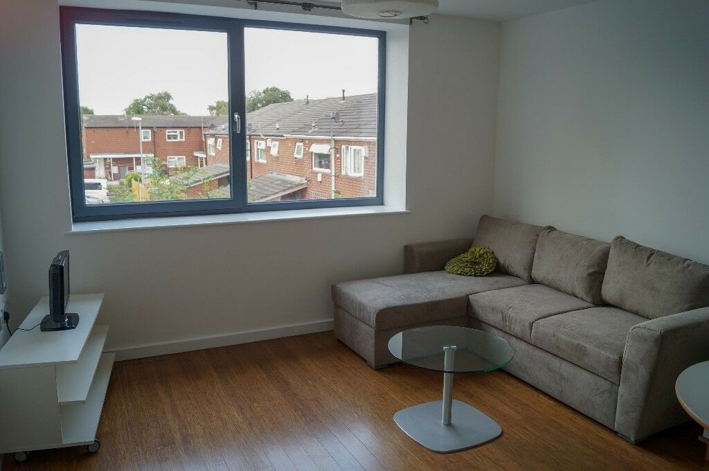 Beautiful Studio Apartment for Rent 15mins fr Leeds City ...