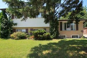 515 Parkside - UW Student house! Entire house available with...