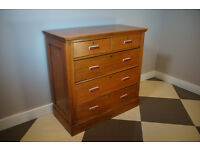 Vintage Antique Victorian period chest of drawers 5+2 with deep drawers.