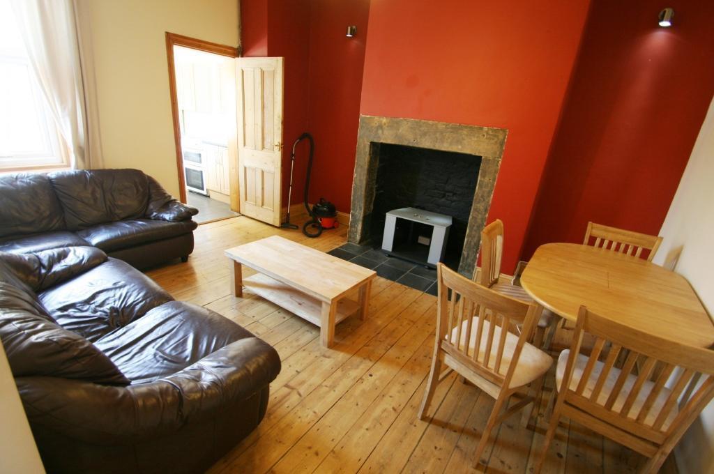 3 bedroom house in Dilston Road, Fenham, Newcastle Upon Tyne, NE4
