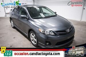 2011 Toyota Corolla S * AUTO * AC * MAGS * PACK ELECTRIQUE  *