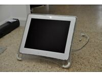 "Formac monitor. 19""?"