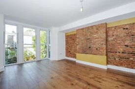 Brand New Three Bedroom Flat To Let - Avalible Straight Away