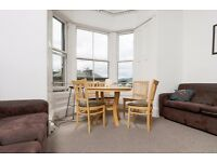 STUDENTS 17/18: Attractive top floor 6 bed HMO flat available September - NO FEES!