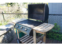 Barbeque - FREE Collection only, needs refurbishing