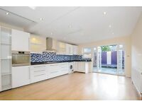 Superb Period House Situated In Close Proximity To Tooting Broadway Underground Station - SW17