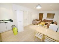 VERY MODERN 6 BED CLOSE TO MIDDLESEX UNI- GREAT LOCATION- OFFERED FURNISHED- 4 BATHROOMS AS WELL!