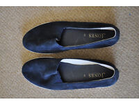 New blue Jones flats UK6 1/2 EU40